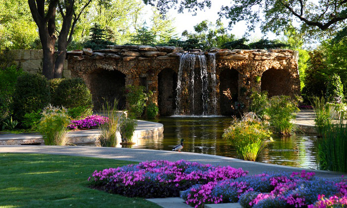 Dallas Arboretum and Botanical Gardens Presents: Wind Sculptures in Motion The Kinetic Art of Lyman Whitaker April 15 - August 31, 2018 View the Exhibition Dallas, Texas