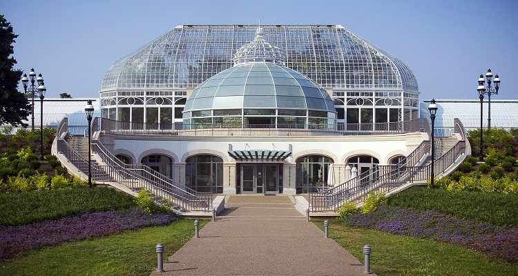 Phipps Conservatory & Botanical Gardens Gardens of Sound and Motion Lyman Whitaker Exhibition April 1 - September 31, 2018 View the Exhibition Pittsburgh, Pennsylvania
