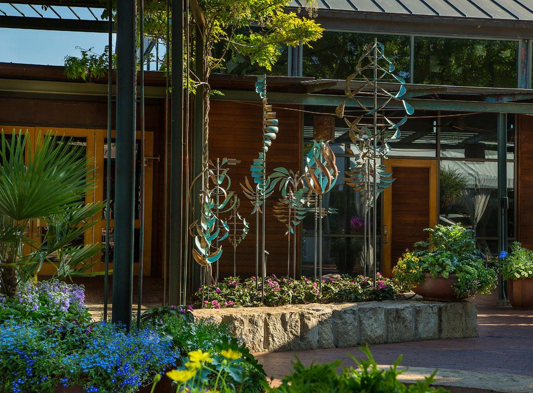 Dallas Arboretum & Botanical Gardens | Leopold Wind Scupltures